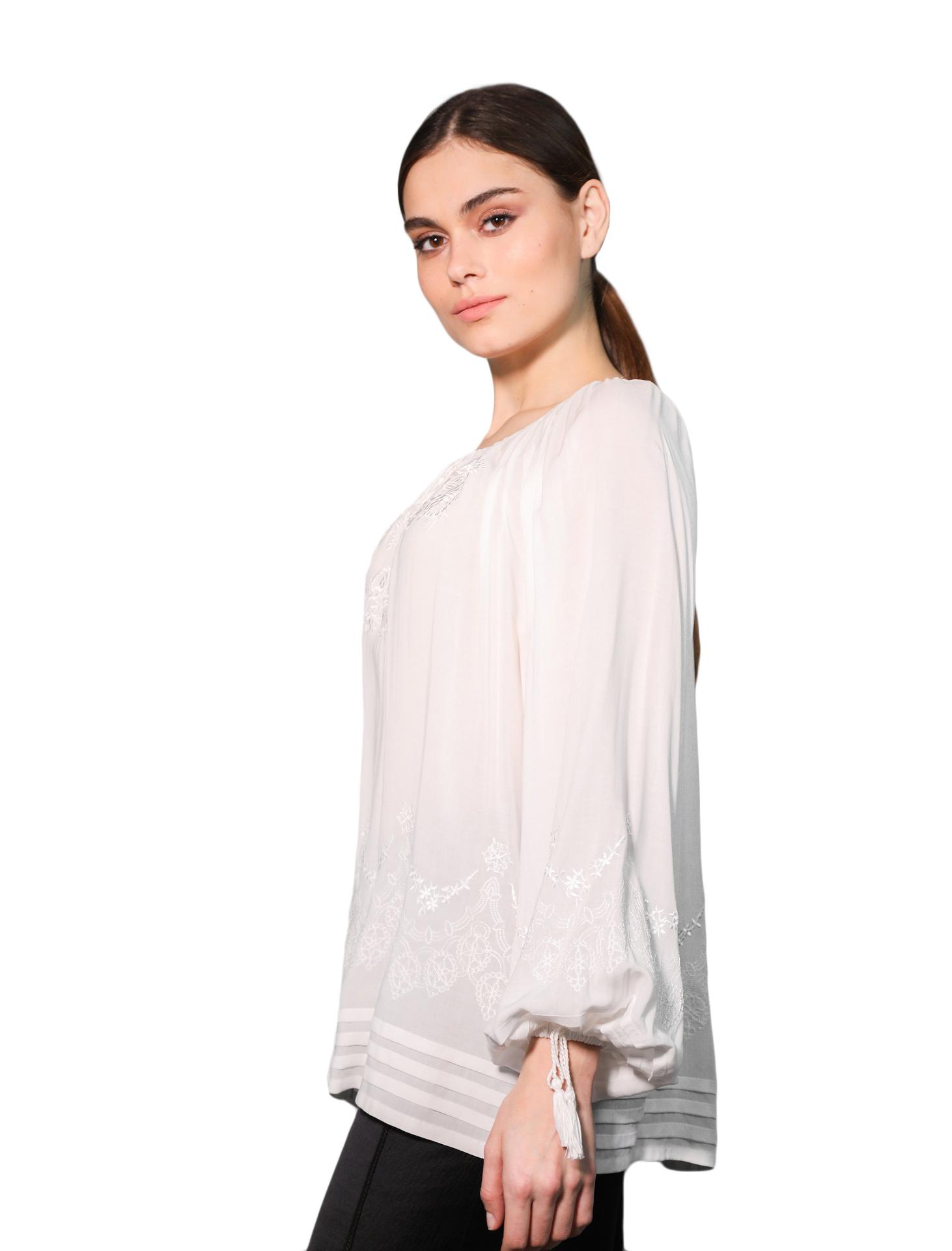 Вышитая блуза «Роза ажур»