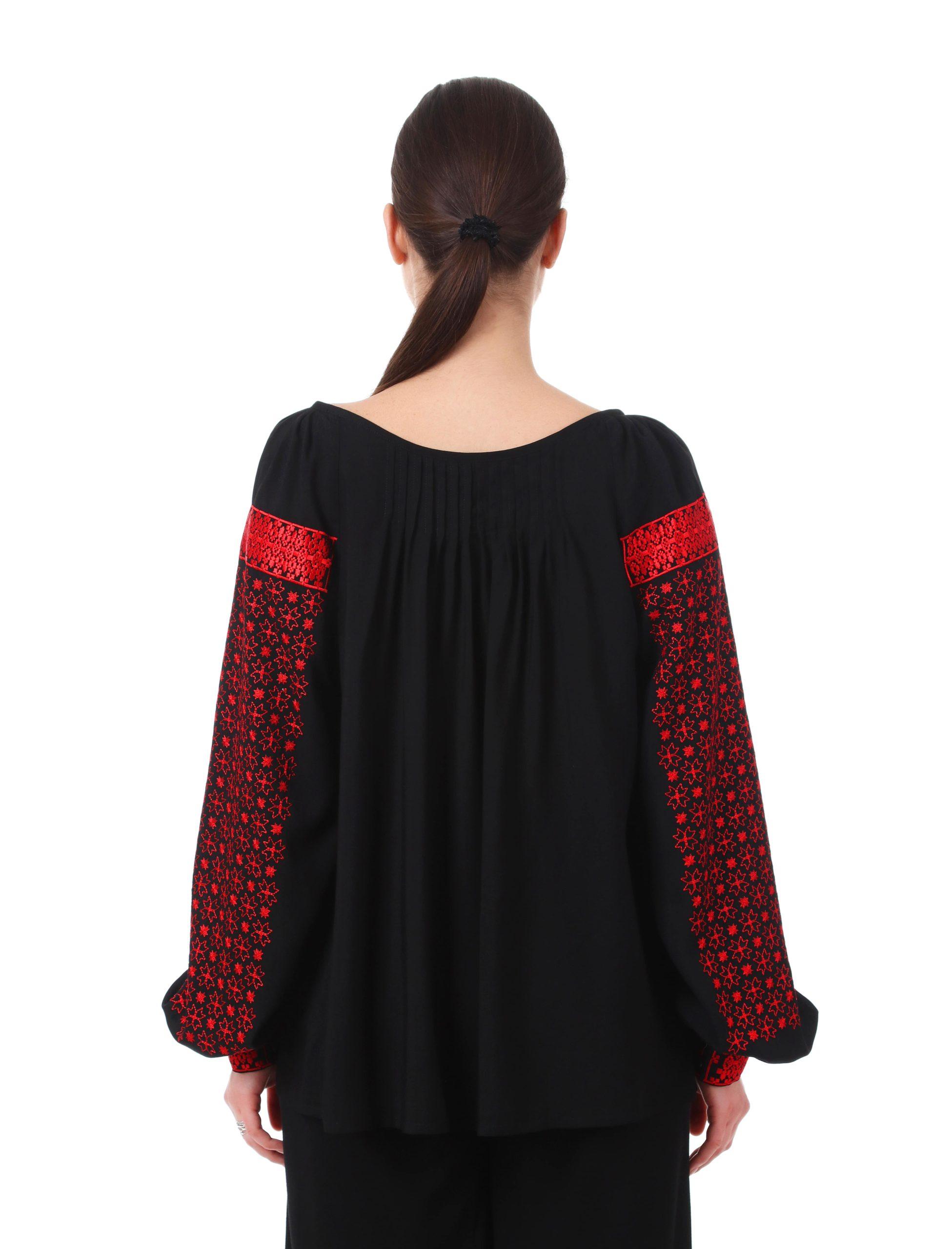 Блуза з вишивкою «Дрібні зорі»