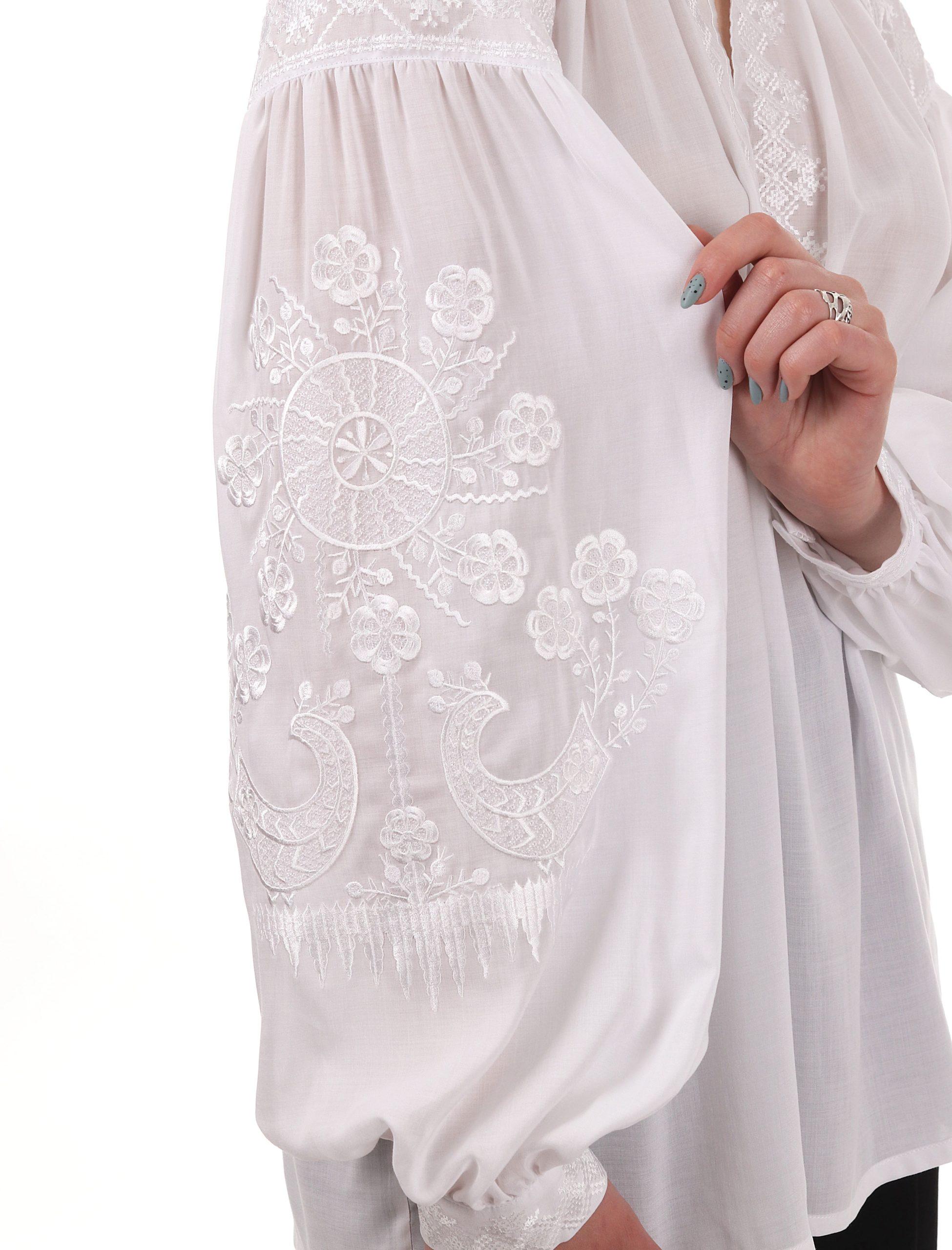 Вишиванка з орнаментом «Дерево Роду» білим по білому